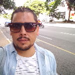 Blogger     Eduardo Sakuray - Diseñador de Denim