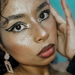 Blogger    Francis Ferrer - Artista del maquillaje.