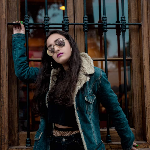 Blogger     Heydi Amado - Dancer model Miss Teen influencer.