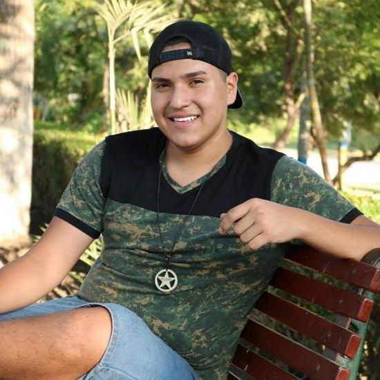 Blogger     Jc Ortega Pinedo  - Humorista.