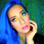 Blogger    Ariana Montalván - Beauty consultant.